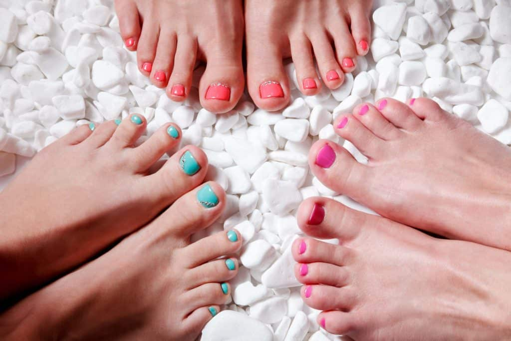 Avoid chemicals in nail varnish
