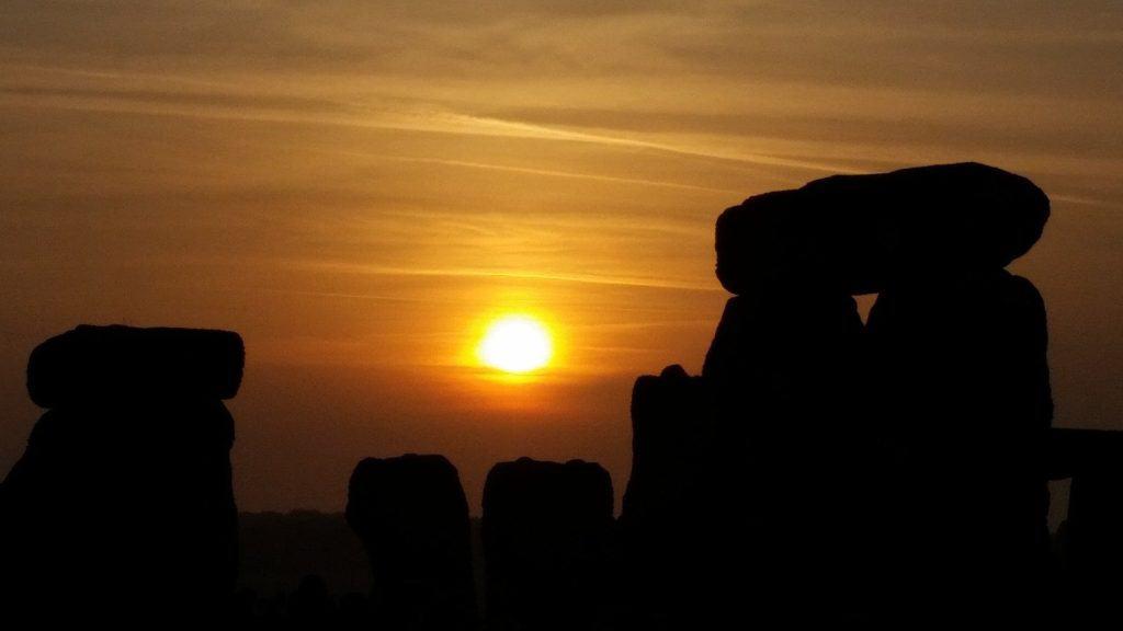 celebrate the summer solstice at Stonehenge